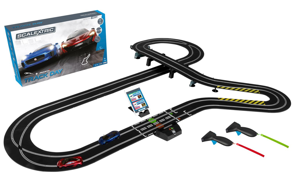 Slot car racing: A first-time buyer's guide | Hobby and Toy